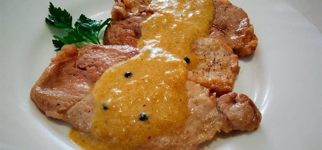 Medallones carne a la pimienta con miel